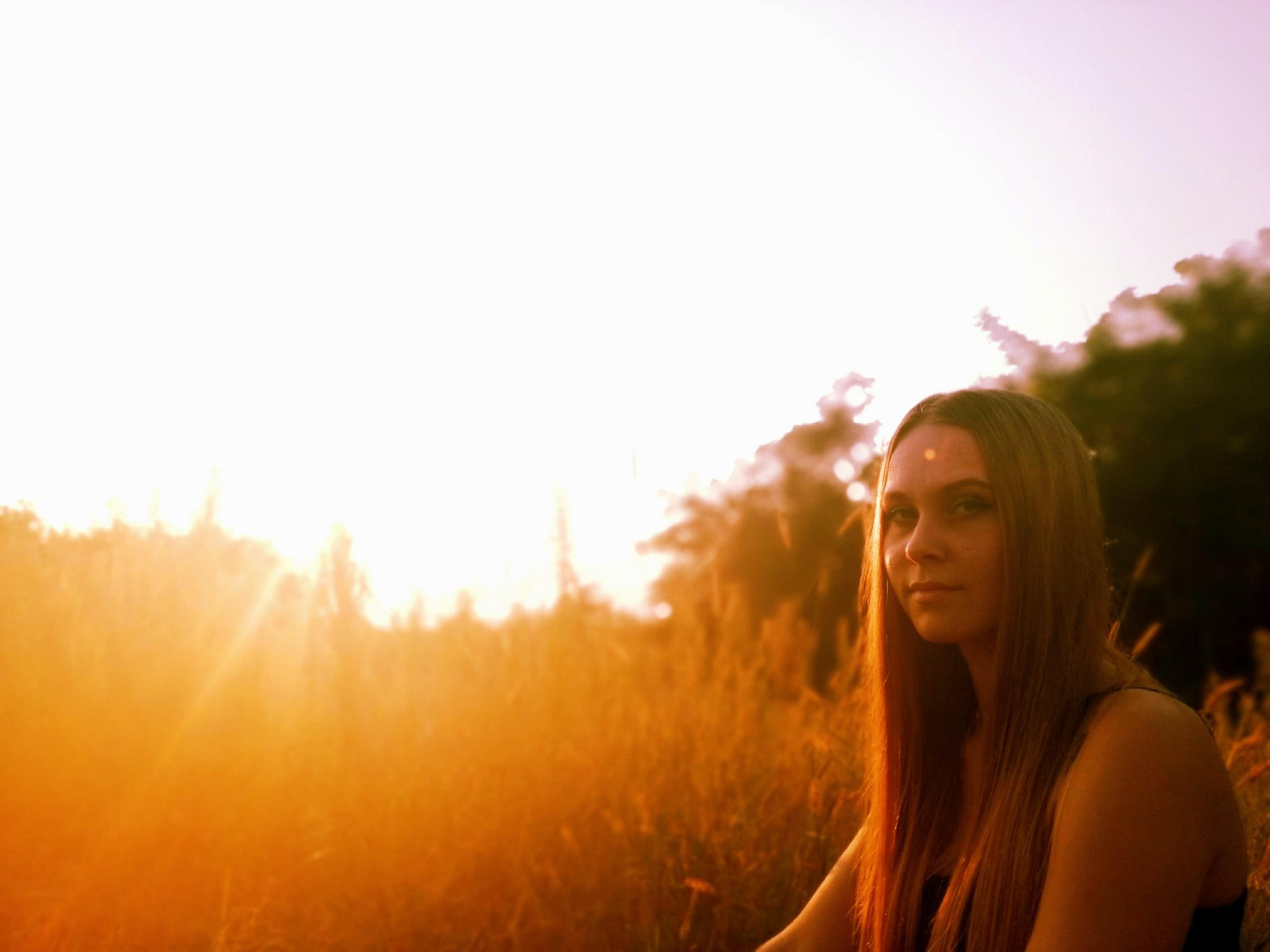 girl in sun rise